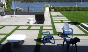 synthetic-lawn-near-water Synthetic Lawns