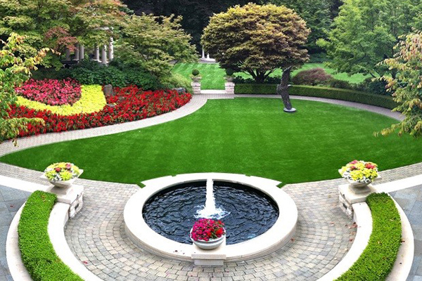 Leading Artificial Grass Suppliers Create Low-Maintenance Landscapes