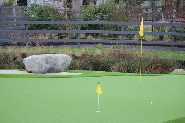Professional Artificial Grass Putting Green Installation in Canada